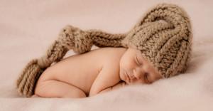 Newborn, schlafend